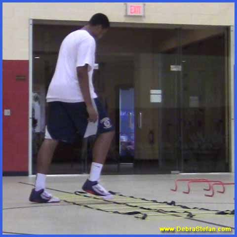 Agility ladder with double row of rungs for speed variations, balance and conditioning.